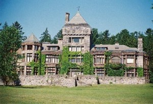the renowned writers' colony called Yaddo was the model for the Thorburn Colony.